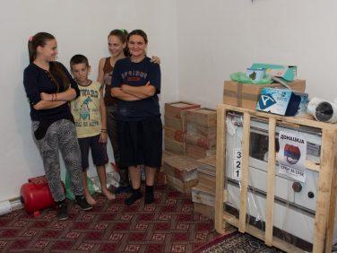 Помоћ за 17 породица на Косову и Метохији
